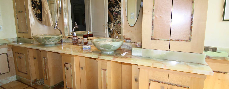 Arredo bagno a roma marmi e pietre - Arredo bagno in marmo ...